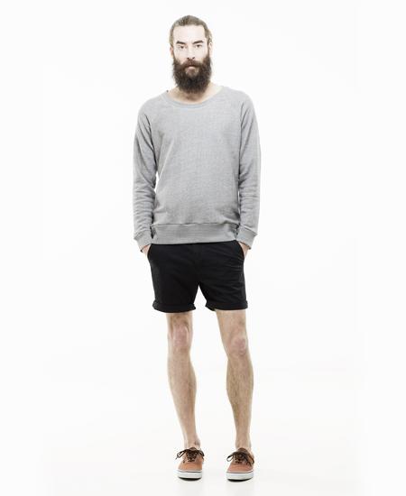 【画像】メンズのショートパンツの着こなしは膝丈がキモいライン