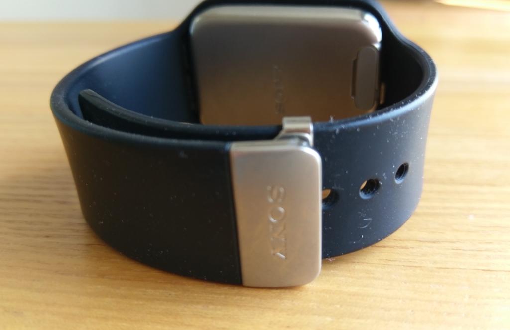 ベルト部分。おすすめのスマートウォッチ3のレビュー【Sony】SmartWatch3 SWR50