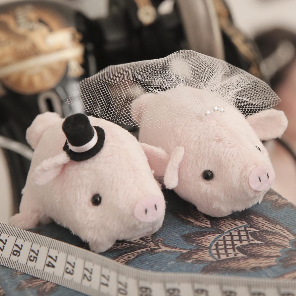 【画像】結婚祝いの豚
