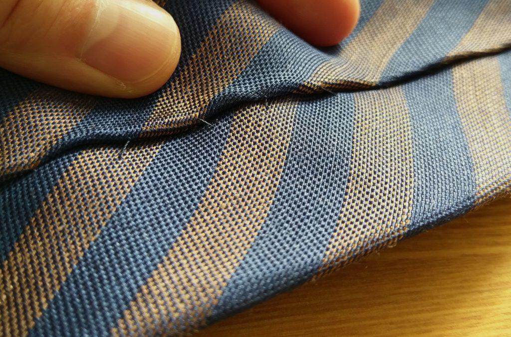 【画像】手縫いのネクタイ