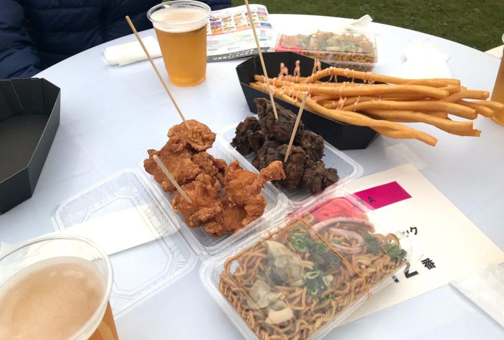 【画像】二子玉川花火大会のテーブル風景バラエティ