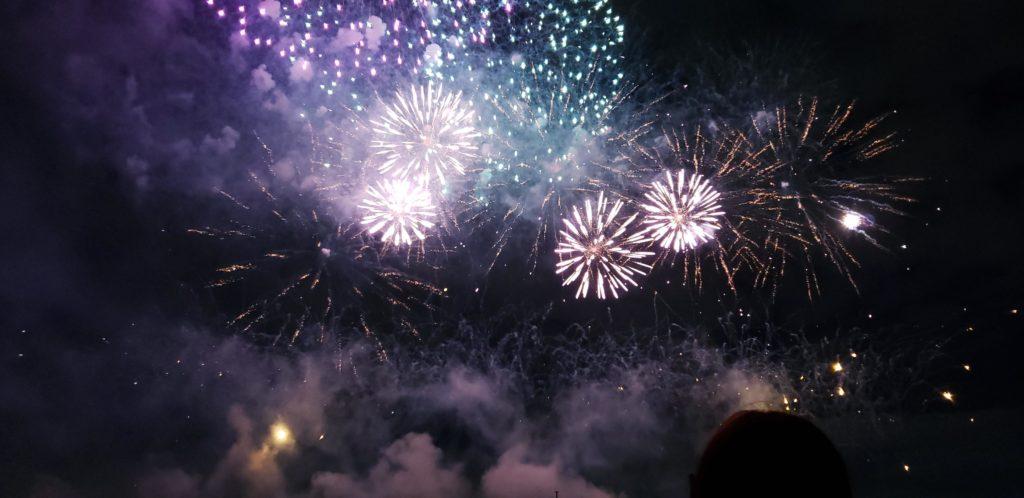 【画像】二子玉川花火大会の花火がマジで半端ない