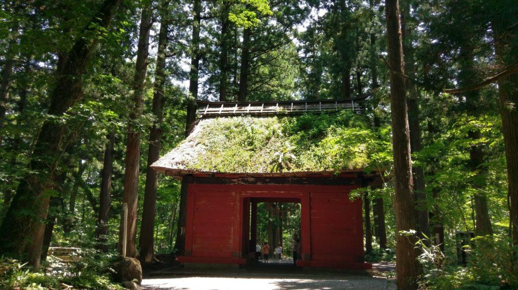【画像】戸隠神社の風情ある建物長野帰省