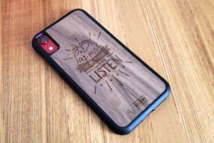 【画像】木製iPhoneケース斜め