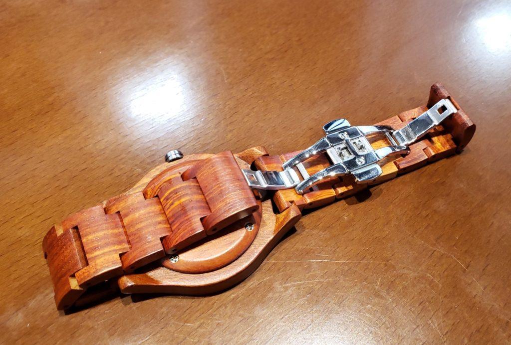 【画像】被らない木製腕時計ベルト留め具