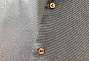 【画像】オーダーシャツkeiの鳥足掛けボタン